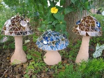 Mosaic Mushrooms For the Garden