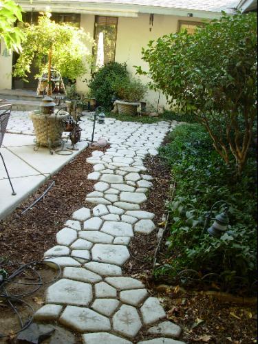 Quikrete walkway patio nikki lynn design for Removing concrete walkway